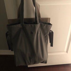 Lululemon Gym-Tote Bag